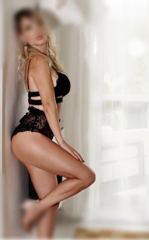 Hyzia eros escorts in Clayton